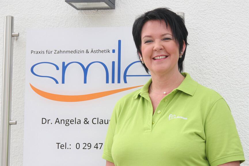 Alexandra Romstadt (ZMF) Behandlungsassistenz & Hygienebeauftragte