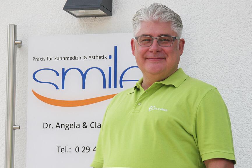 Claus Ullrich - Ästhetische Zahnheilkunde, Prothetik, Parodontologie, CMD