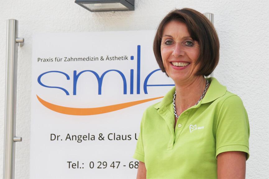 Andrea Wozny (ZMF) Behandlungsassistenz & Röntgenbeauftragte